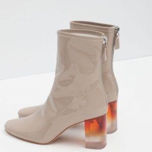 Zara Beige Waterproof Fashion Boots Size 39